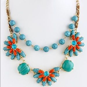 Turquoise stone flower design necklace new